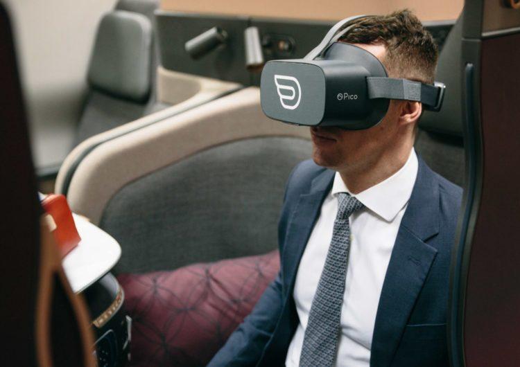 Qatar Airways presenta su nuevos sistema de entretenimiento con cascos de Realidad Virtual