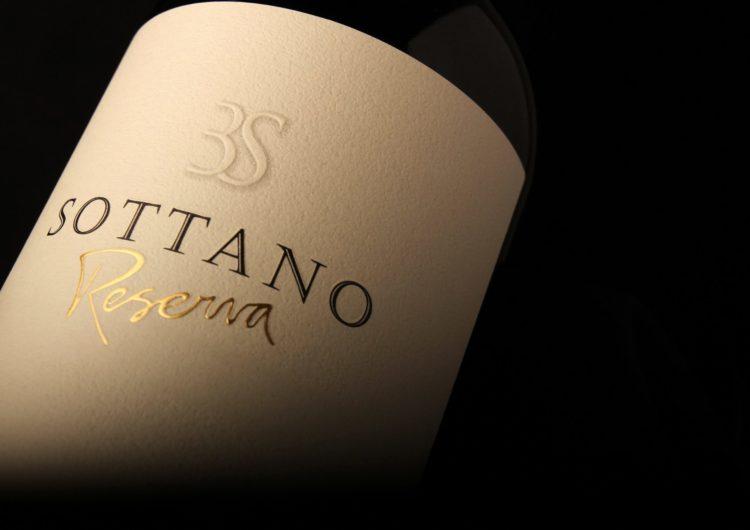 KLM incorpora vinos Bodega Sottano a sus servicios de Primera Clase