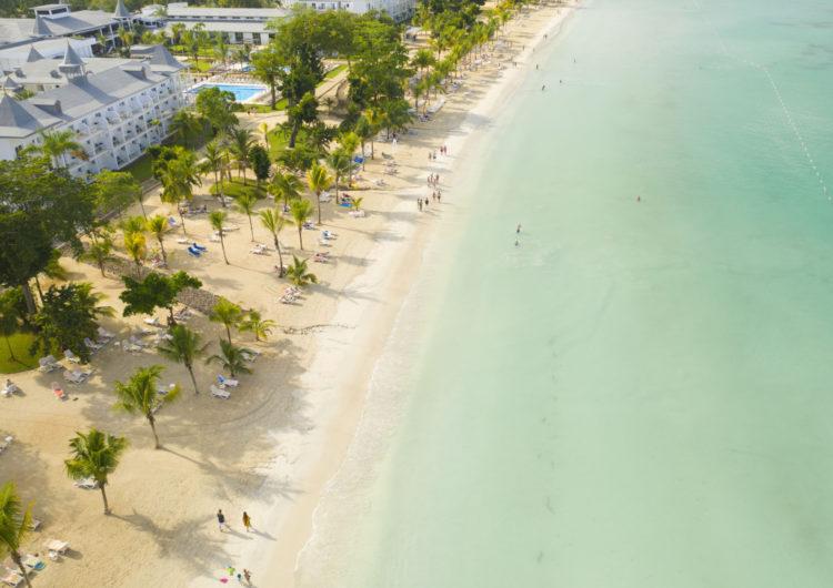 """""""Escape to Jamaica"""" la nueva serie en instagram live muestra el sabor del destino"""