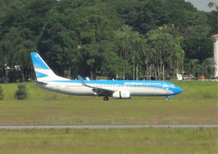 Aerolíneas Argentinas anuncia nuevos vuelos de repatriación a Santiago de Chile y Asunción