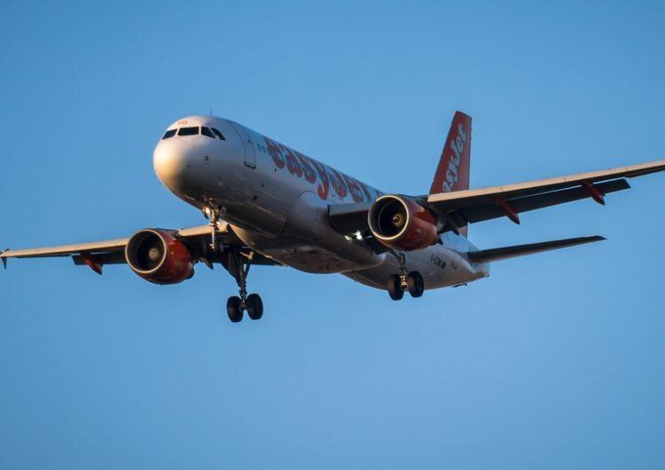 El Prat pierde dos rutas con el Reino Unido por la crisis aérea