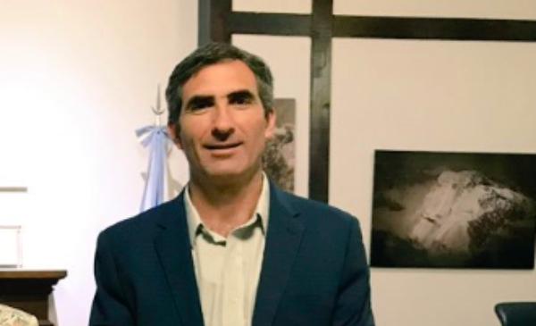 """JetSmart: """"Vamos a tratar de permanecer en la Argentina, pero son demasiadas decisiones contra nosotros"""""""
