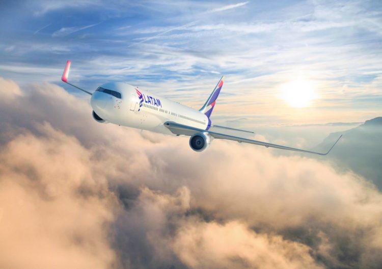 LATAM reabre destinos a Cancún, Orlando y Punta Cana en diciembre