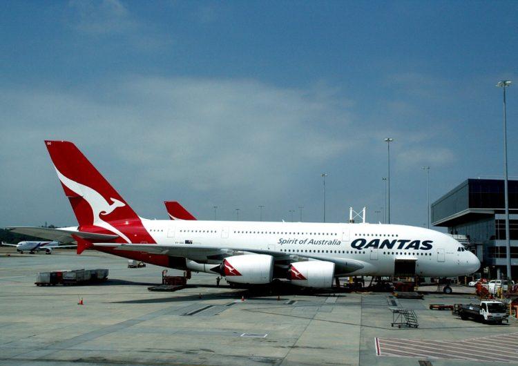 Qantas retrasa a finales de 2021 el reinicio de vuelos internacionales
