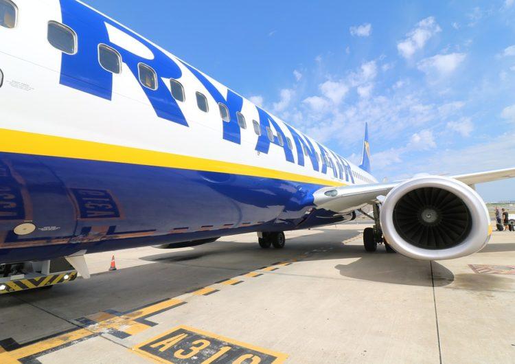 Ryanair lanza nueva calculadora de carbono para que sus pasajeros puedan compensar las emisiones de Co2
