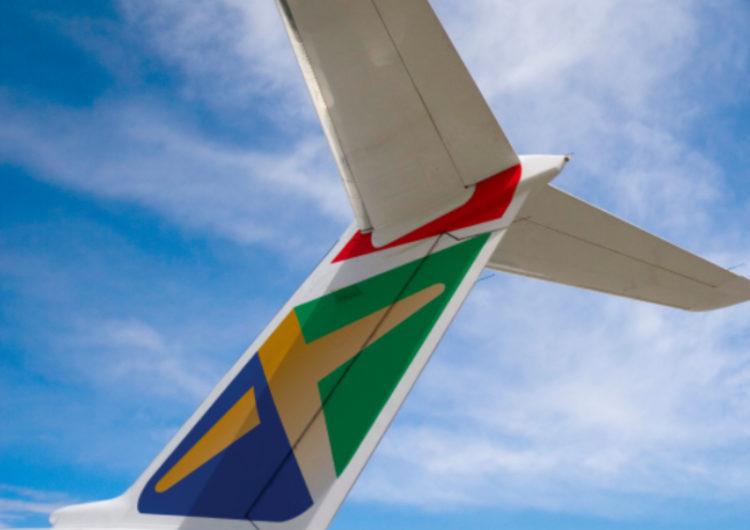 Empleados de South African Express presentan plan para salvar la aerolínea