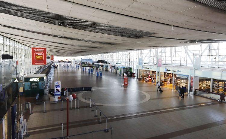Chile: Tráfico de pasajeros en aeropuerto de Santiago se recupera levemente en junio