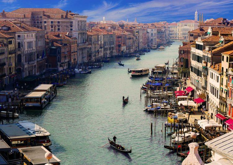 Italia estimulará el turismo con deducciones fiscales a los veraneantes