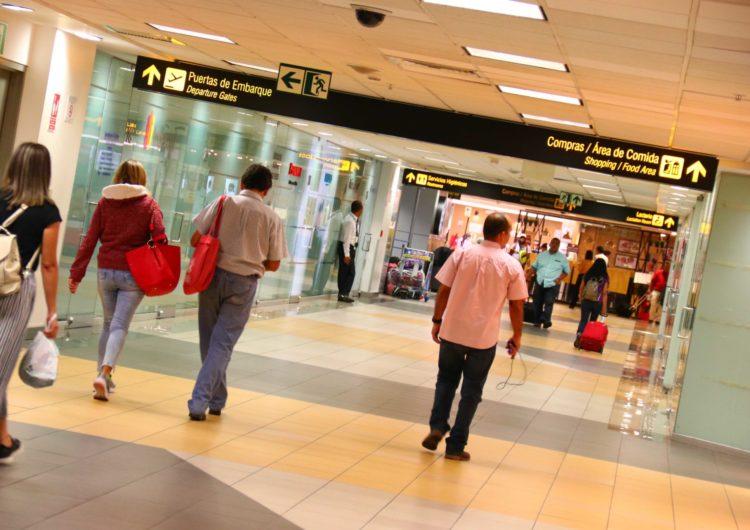Perú: El 1º de octubre se reanudarán los vuelos internacionales, afirma MTC