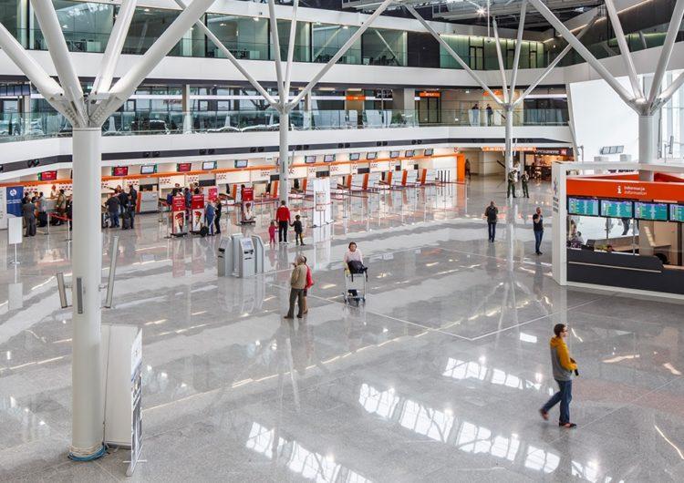 Polonia invierte 31 millones de euros en 14 aeropuertos