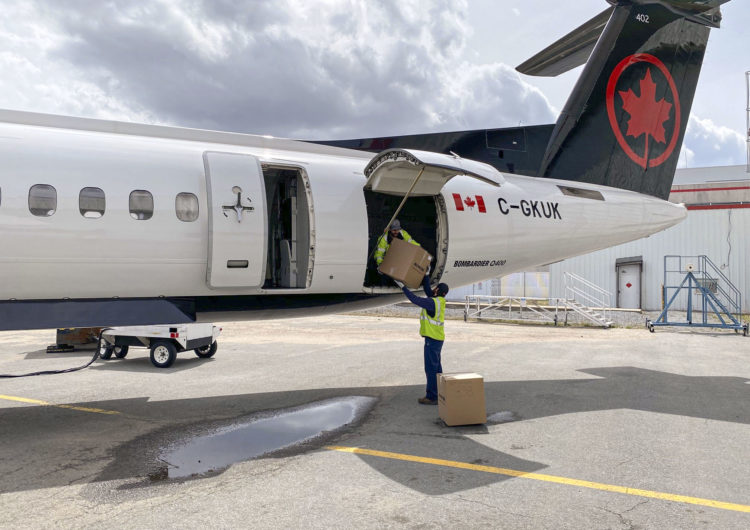 Air Canada factura más por transportar carga que por transportar pasajeros