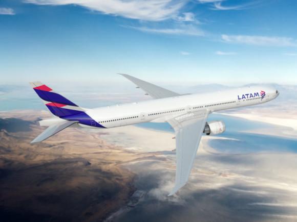 LATAM informa las rutas saliendo/llegando a Santiago de Chile durante abril