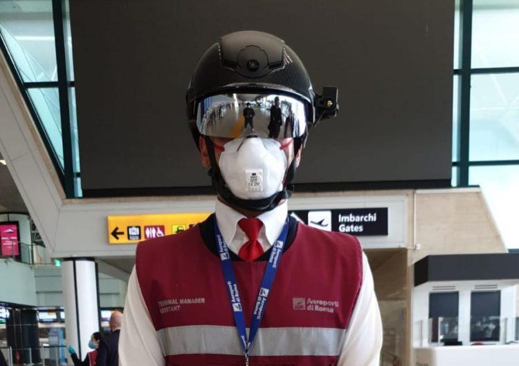 'Cascos inteligentes' en aeropuerto de Roma controlan temperatura de los pasajeros