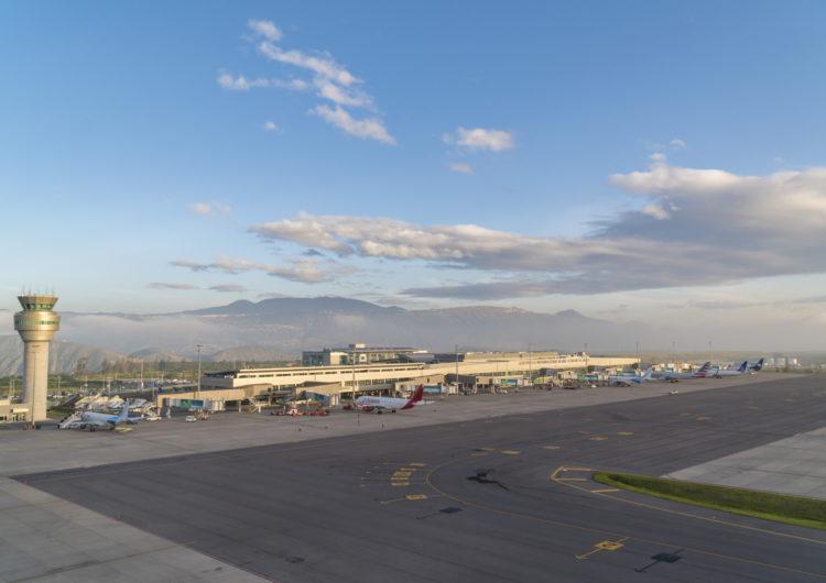 Tráfico de pasajeros en Ecuador se derrumbó un 68% durante 2020