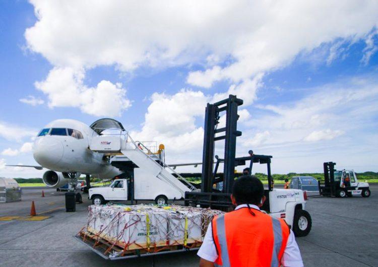 Terminal de carga del aeropuerto El Salvador reactiva servicios de encomiendas