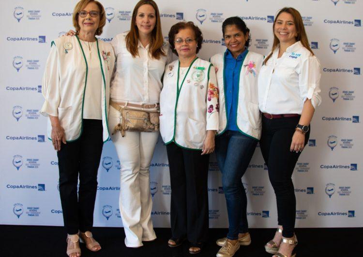 Copa Airlines entrega donativo a la asociación nacional de pacientes de quimioterapia