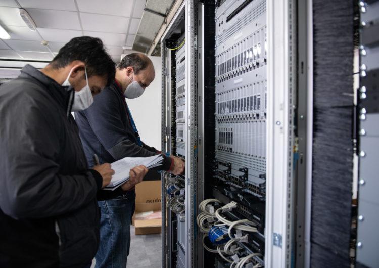 Impulsan en Ezeiza la implementación de nuevo sistema de control de comunicaciones