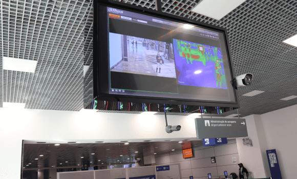 Aeroporto de Porto Alegre passa a medir temperatura dos passageiros