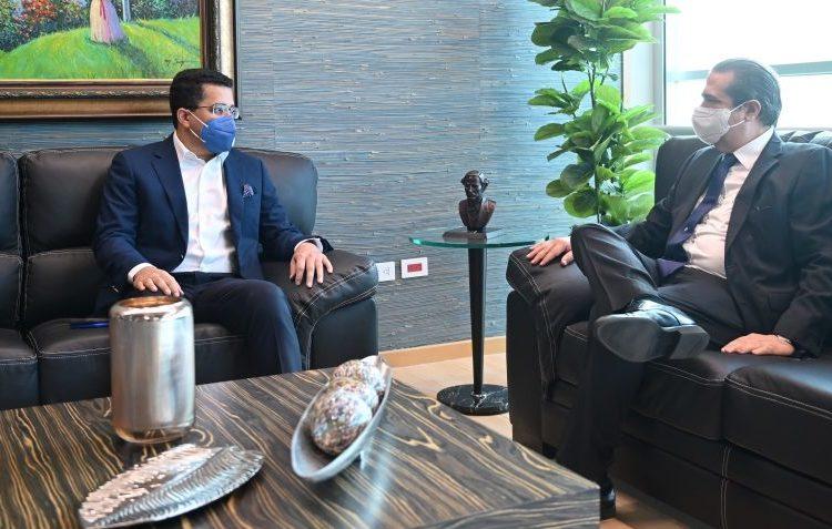 Toma posesión el nuevo ministro de Turismo de República Dominicana