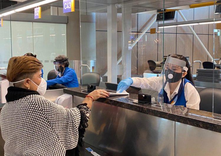 Ecuador: COE Nacional actualizó las disposiciones específicas respecto al transporte de pasajeros por vía aérea