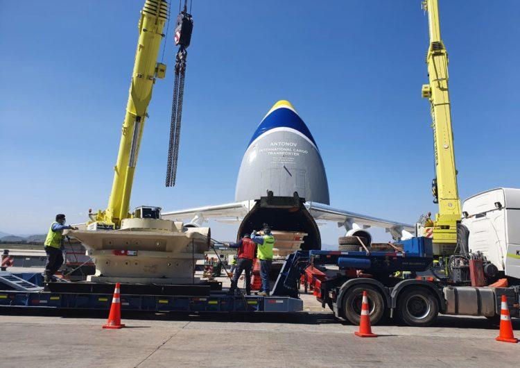 Segunda maior aeronave de carga do mundo pousa em Salvador