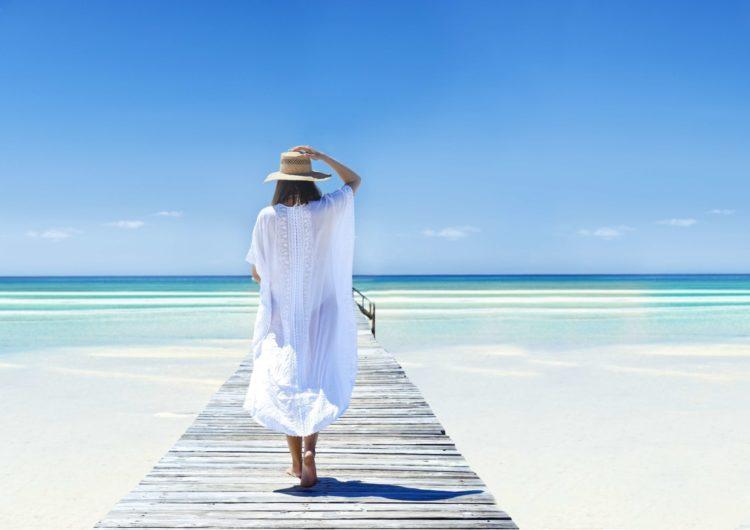 Ministro de Turismo de Las Bahamas presenta el plan de turismo para los próximos meses