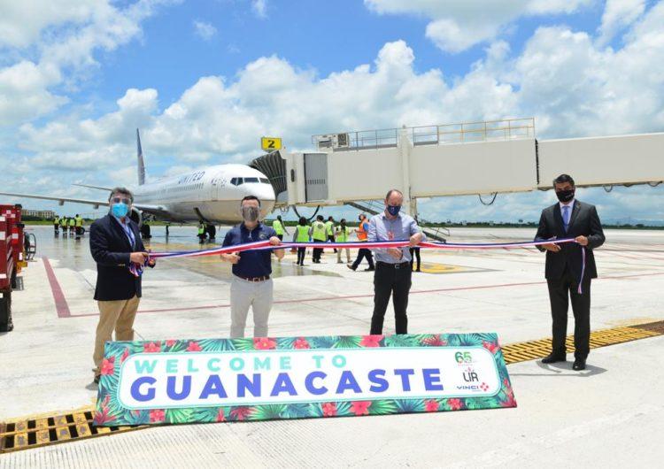 Aeropuerto de Guanacaste reabre con primer vuelo proveniente de Estados Unidos