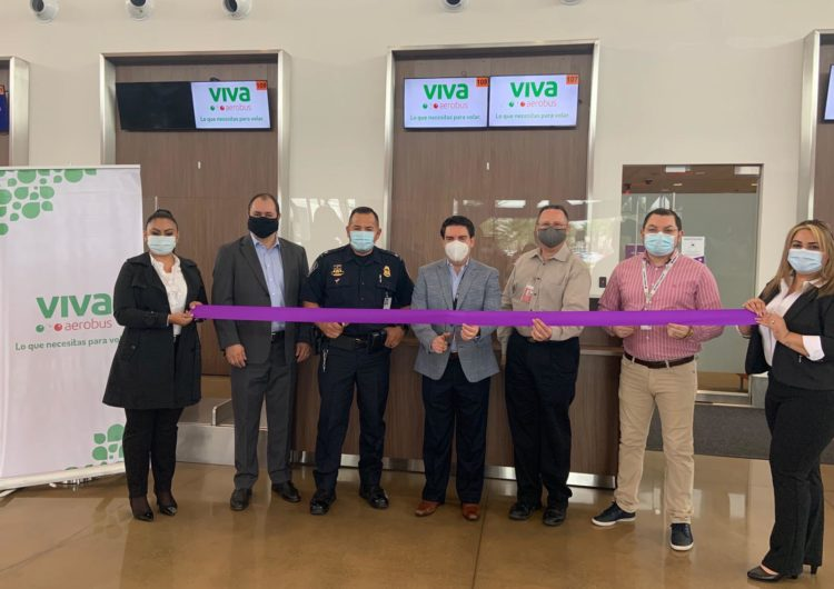 Viva Aerobus y Cross Border Express firman alianza