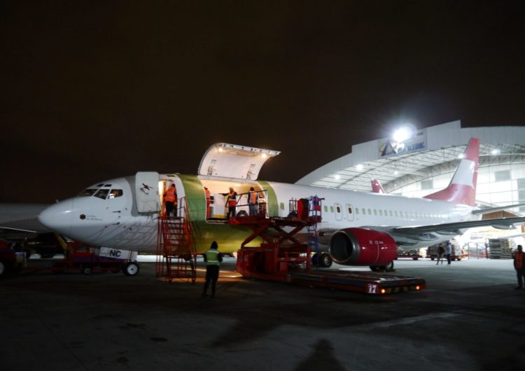 AerCaribe incorpora un nuevo avión carguero Boeing 737-400f a su flota de aeronaves