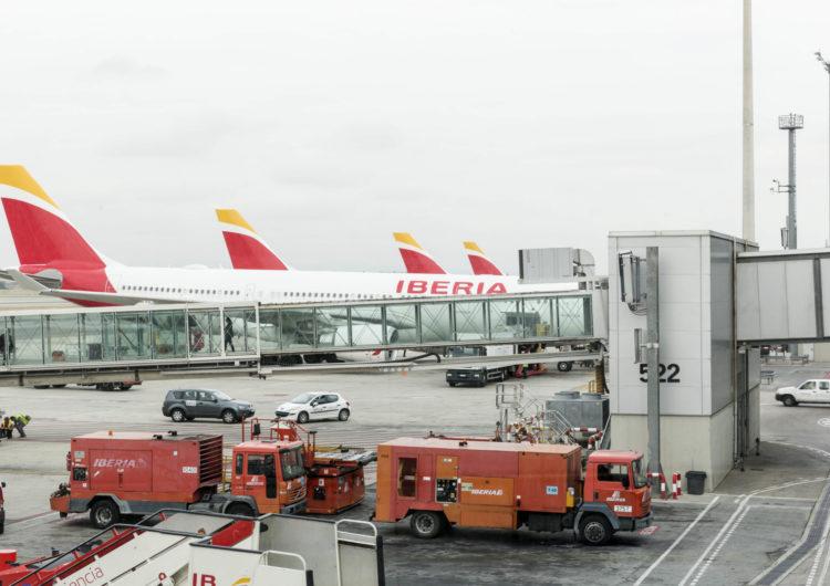 Iberia duplica los vuelos del puente aéreo