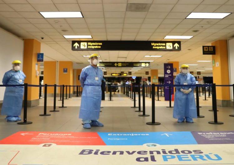 Perú: Personas procedentes del extranjero podrán hacerse prueba adicional para dejar cuarentena