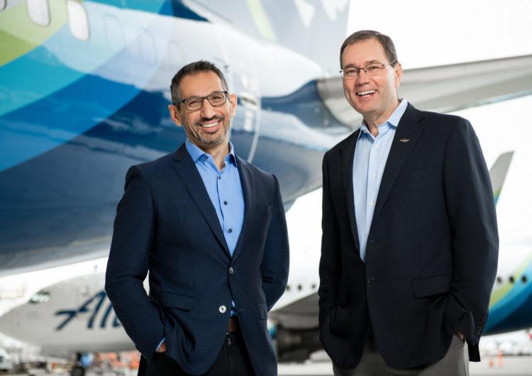 Relevo en la dirección de Alaska Airlines
