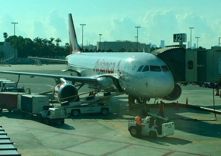Avianca inició vuelos en las rutas San José-Miami y San Salvador-Ontario