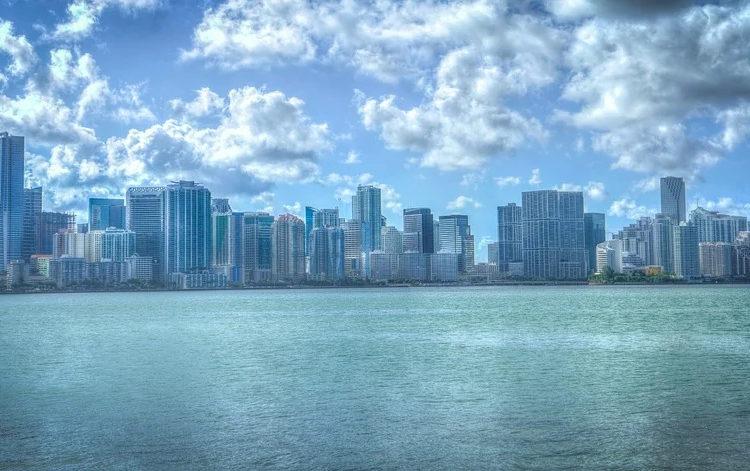 Poco a poco Miami se reconecta con el mundo
