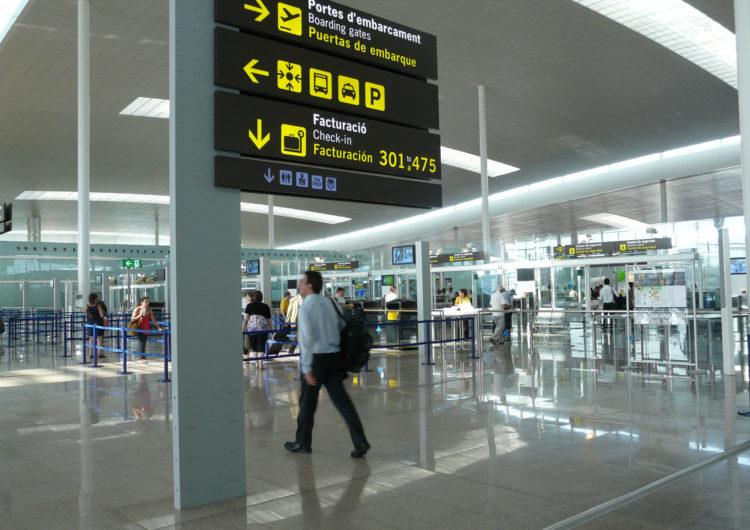 Iberia se suma a la petición de las asociaciones de aviación de eliminar cuarentenas e implantar test rápidos y corredores aéreos