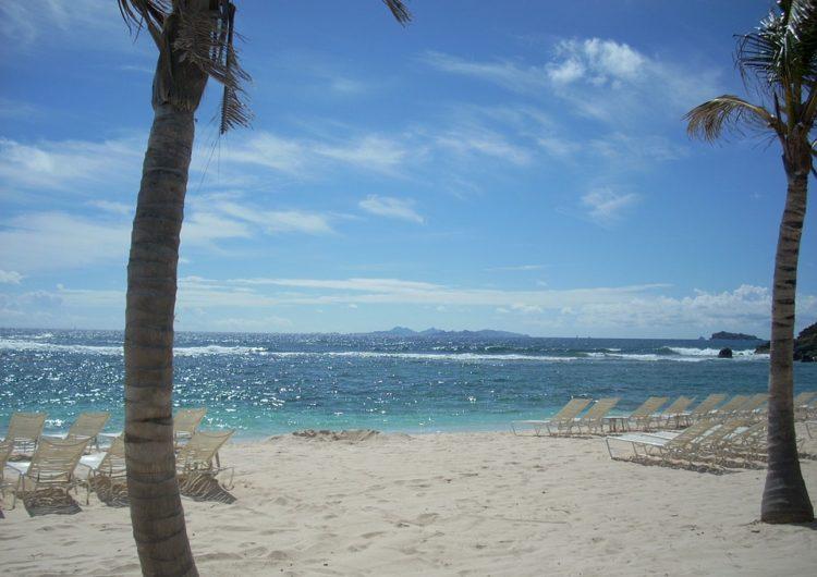 St. Maarten suspende temporalmente el ingreso de turistas de Sudamérica