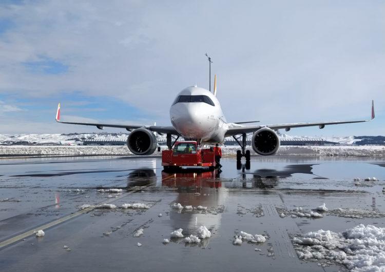 Iberia espera recuperar la normalidad en el aeropuerto de Madrid a partir del lunes