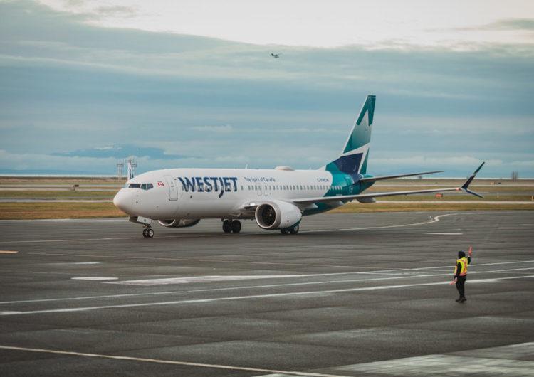 Costa Rica recibe con alegría el retorno de aerolíneas canadienses