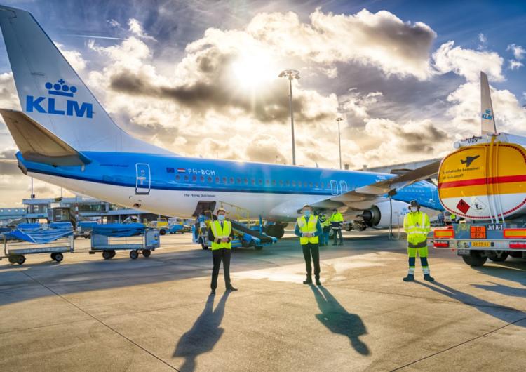 KLM, Shell y el gobierno de los Países Bajos realizan el primer vuelo de pasajeros con combustible sostenible de aviación sintético