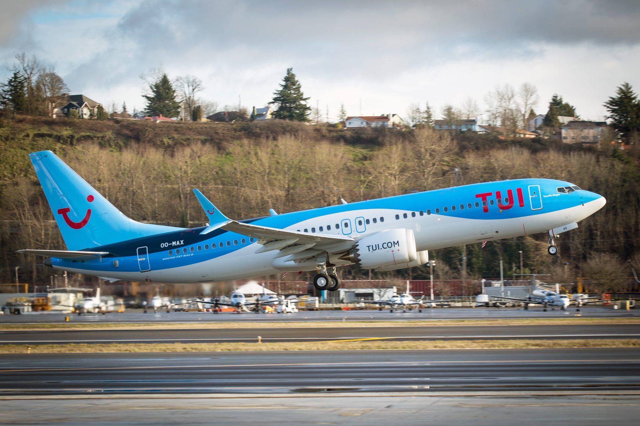 Il primo modello di Boeing 737 MAX ritornato in volo in Europa è della TUI fly Credits: aerolatinnews.com