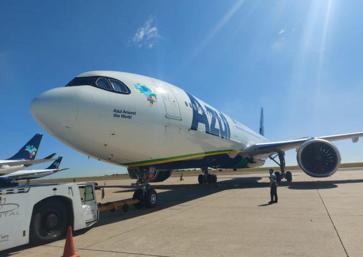 Azul vai a Porto Rico buscar insumos para produção de vacinas contra Covid-19