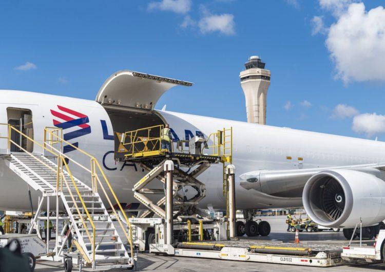 LATAM anuncia conversión de hasta ocho aviones boeing 767-300ER en cargueros