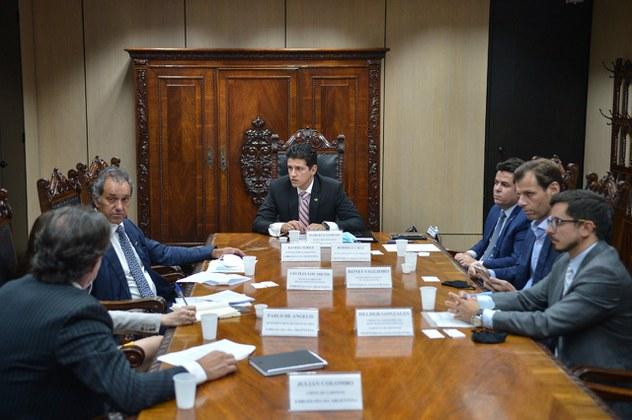 Brasil quer acordo de céus abertos com Argentina e ponte aérea Congonhas-Aeroparque