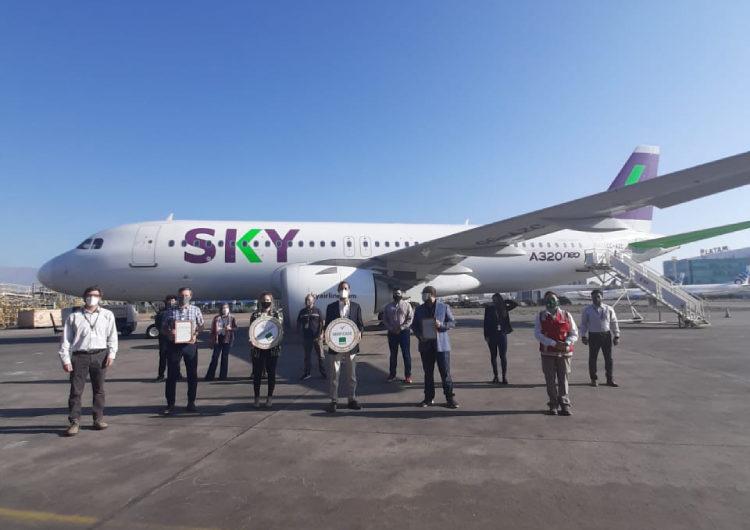 SKY Airline es la primera línea aérea en recibir el Sello COVID-19 ACHS