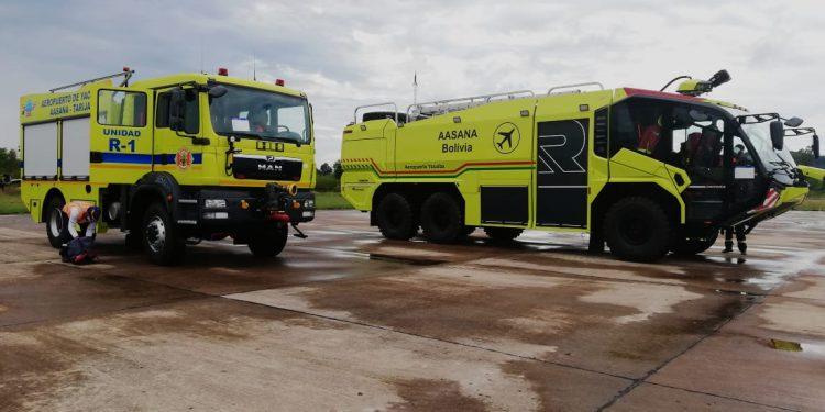 Bolivia: Gobierno equipa el aeropuerto de Yacuiba con dos modernos carros bomberos
