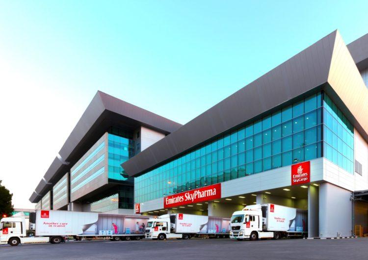 Una de cada 20 vacunas administradas ha pasado por centro logístico de Dubái