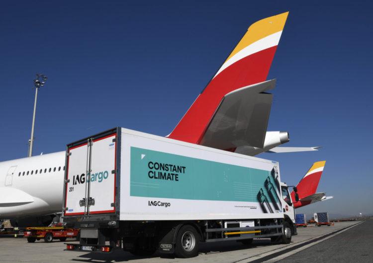 Iberia e IAG Cargo han transportado ya más de medio millón de vacunas a Canarias, Baleares y Melilla