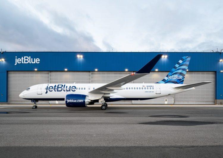 Airbus realizará el mantenimiento de los A220 de JetBlue