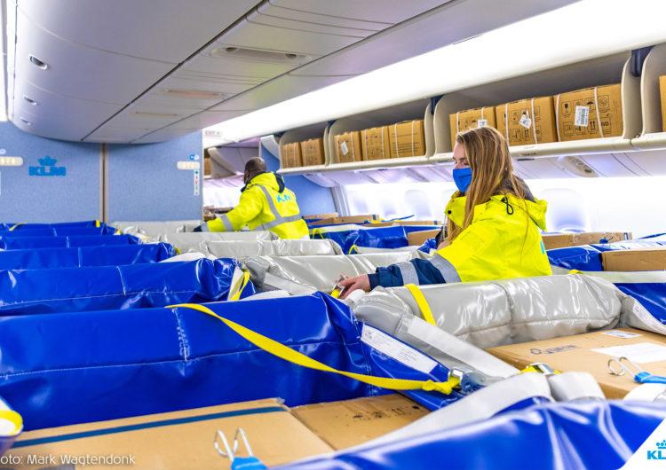 KLM presentó una nueva solución para llevar carga en la cabina
