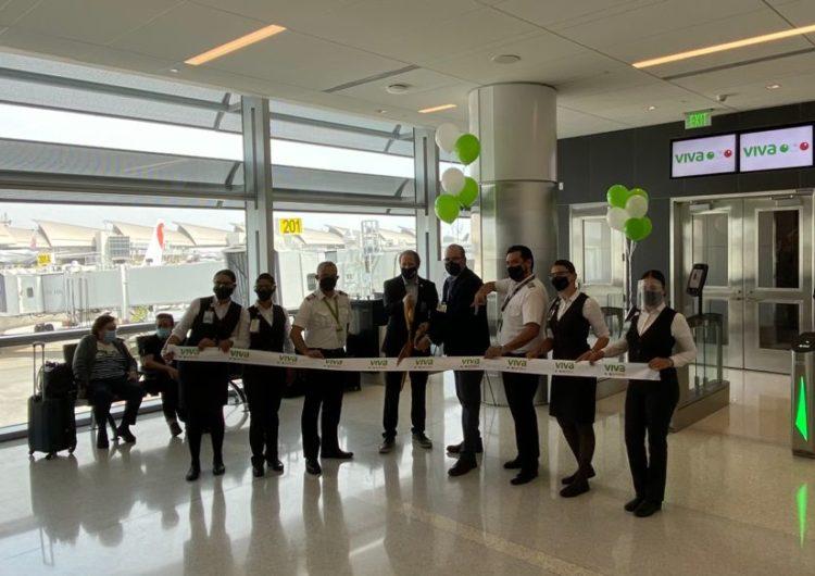 Viva Aerobus 1° aerolínea en aterrizar en la nueva Terminal West Gates en Tom Bradley del Aeropuerto Internacional de Los Ángeles